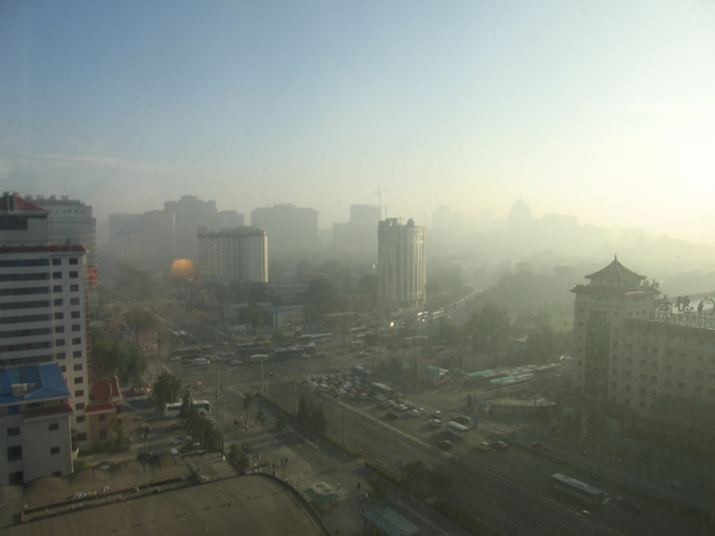 air poluution Invisible killer air pollution is an invisible killer that lurks all around us, preying on the young and old learn how it slips unnoticed past our body's defenses causing deaths from heart attack, strokes, lung disease and cancer.
