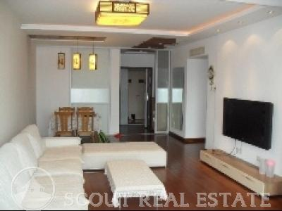 3 Bd in Seasons Park