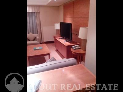 3 Bd in China World Apartment