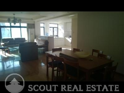 3 Bd in Parkview Tower