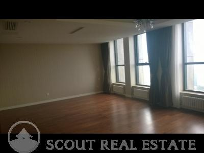 3 Bd in World City Apartment