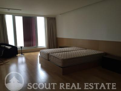 3 Bd in Beijing SOHO Residences