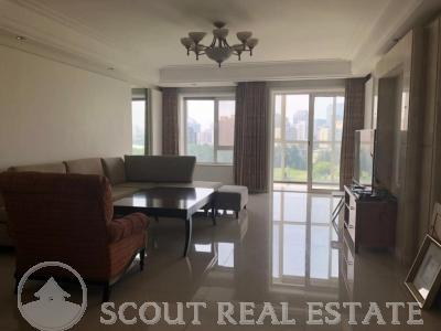 3 Bd in Golf Palace