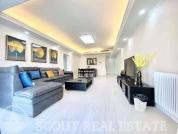 Living room in Somerset Fortune Garden
